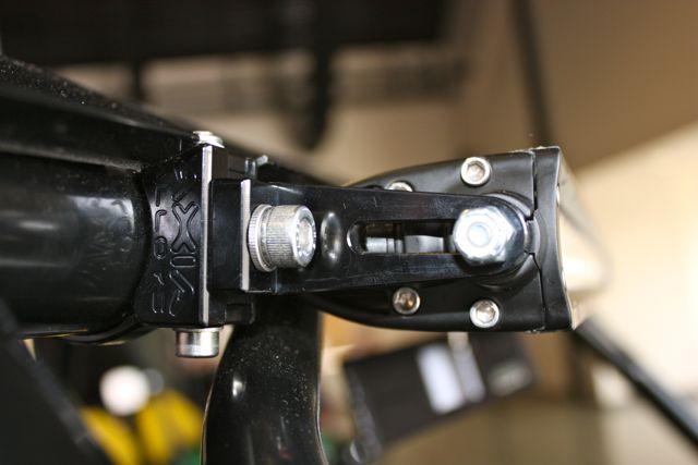 """LED Light Bar Mount for 6mm / 1/4"""" end mounts"""