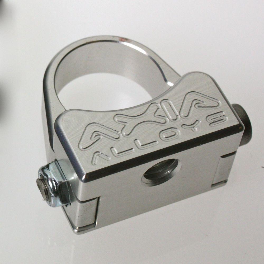 Universal Mounting Bracket- Single 8mm Female Thread